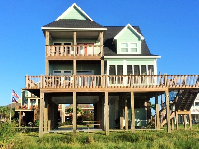 Beach Home Rentals in Crystal Beach Texas.